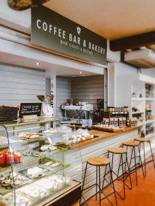 Colour scheme in cafes