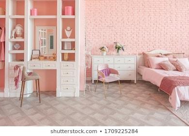 Girl's bedroom with vanity